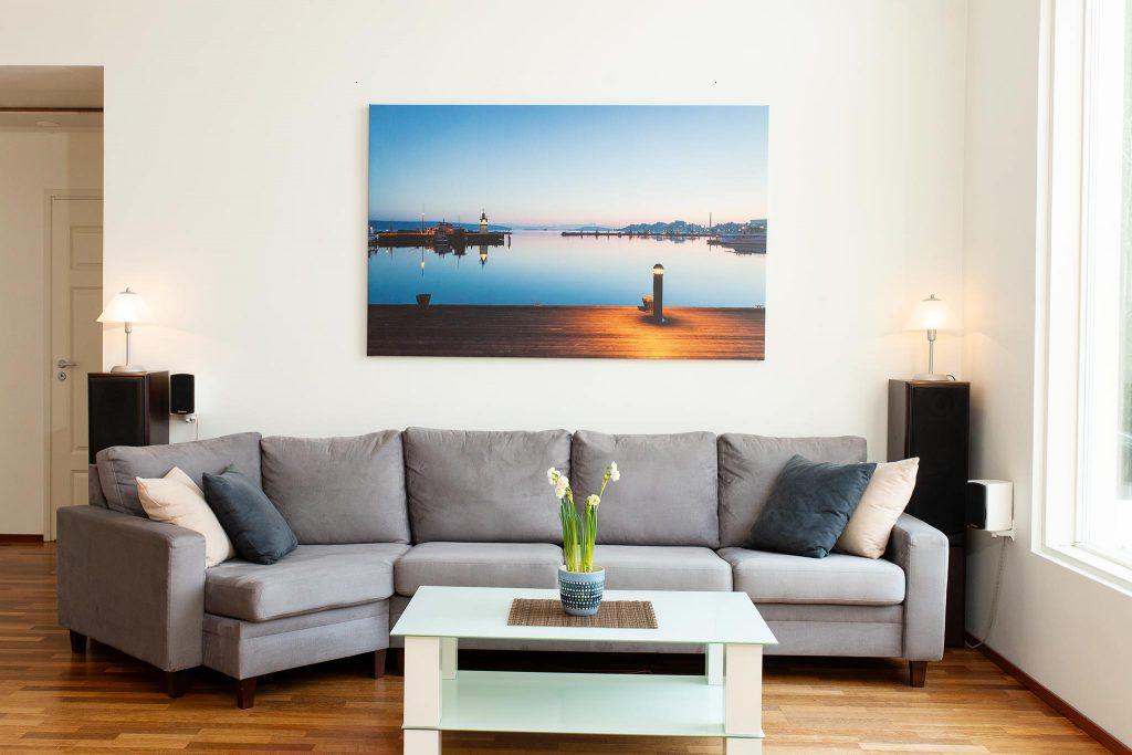 Kotimaisten kuvaajien kuvilla tauluja kotiin - AK-Taulucenter