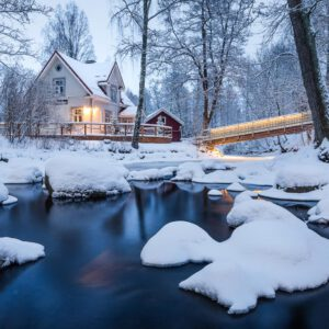 5-osaiset Symmetriset Canvastaulusarjat – Vääksyn Kanava Talvinen Silta Ja Joki